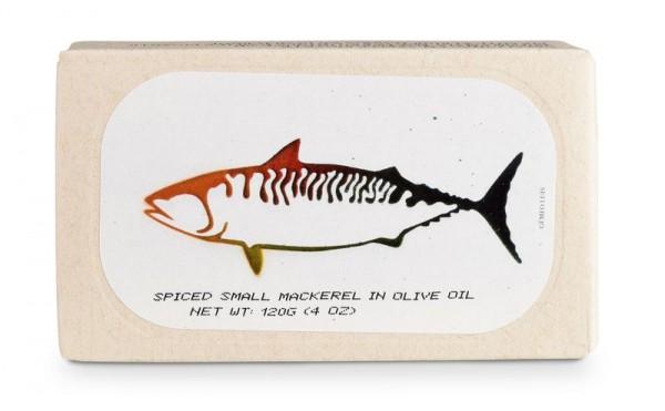 Kleine Makrelen pikant eingelegt in Olivenöl