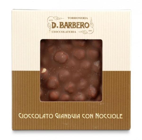 Cioccolato gianduja con nocciole