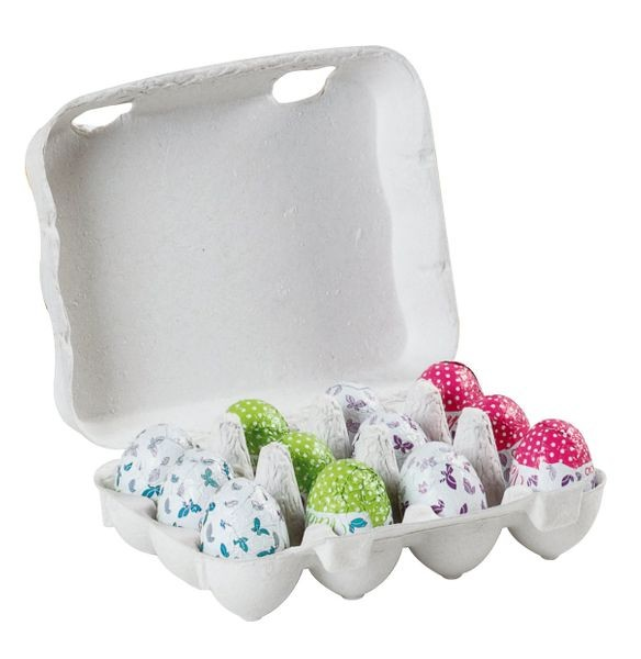 Mini-Ostereier in der Eierschachtel